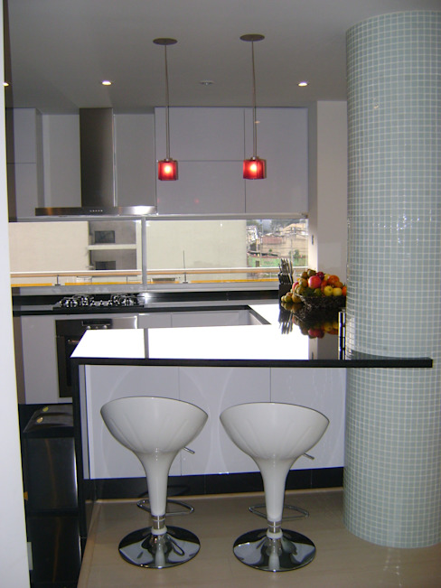 Pent House RuizPerez- Cocina de homify Moderno Granito