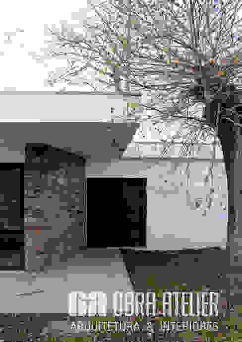 OBRA ATELIER - Arquitetura & Interiores Paredes y suelos de estilo rural