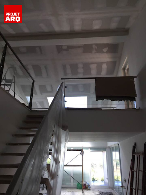 Revestimentos Interiores Corredores, halls e escadas minimalistas por PROJETARQ Minimalista