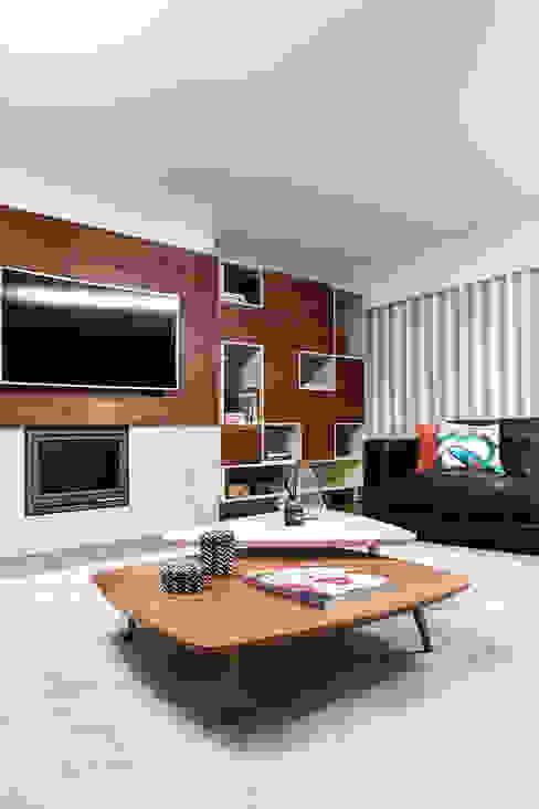 SALA DE ESTAR DE T3 EM MATOSINHOS TGV Interiores Salas de estar modernas