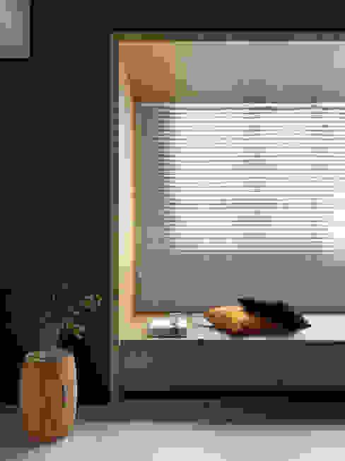 Minimalist bedroom by 夏沐森山設計整合 Minimalist