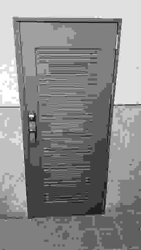 大門&電子鎖 懷謙建設有限公司 窗戶與門門
