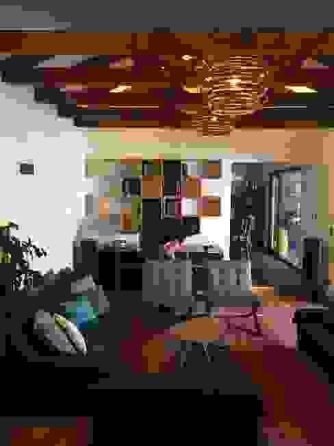 Living Familiar : Livings de estilo  por Kaa Interior   Arquitectura de Interior   Santiago