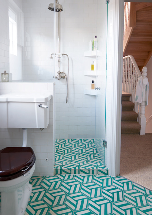 North West London Terraced House VORBILD Architecture Ltd. Classic style bathroom