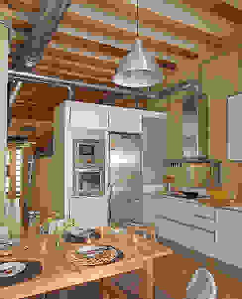Cocina Cocinas de estilo industrial de CREAPROJECTS. Interior design. Industrial