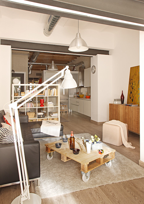 Salón Salones de estilo industrial de CREAPROJECTS. Interior design. Industrial