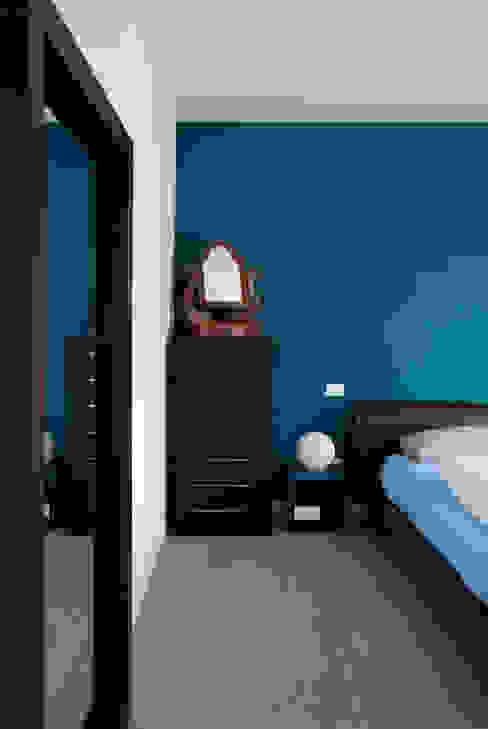 La camera Margherita Mattiussi architetto Camera da letto moderna Blu