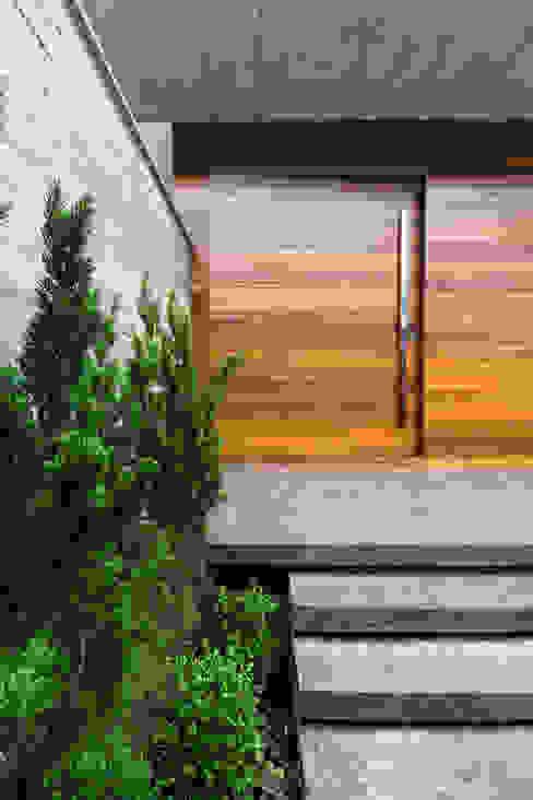 ZAAV Arquitetura Дверi