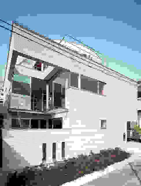 コーナーガーデンの家 の 西島正樹/プライム一級建築士事務所 モダン コンクリート
