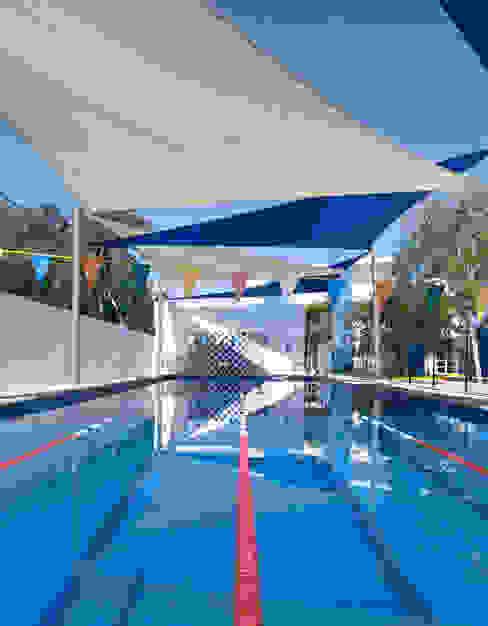 by Daniel Cota Arquitectura | Despacho de arquitectos | Cancún Modern Tiles
