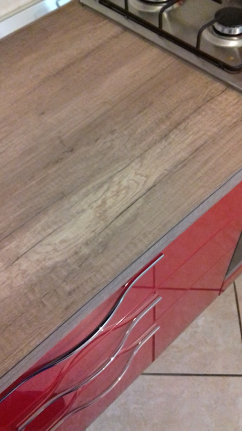 Mobili Di Palma Cocinas integrales Derivados de madera Rojo