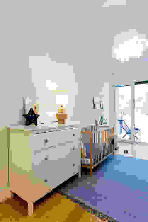 Quarto de criança por Hoost - Home Staging Moderno