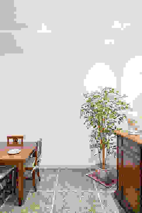 Soggiorno Soggiorno minimalista di Luca Bucciantini Architettura d' interni Minimalista
