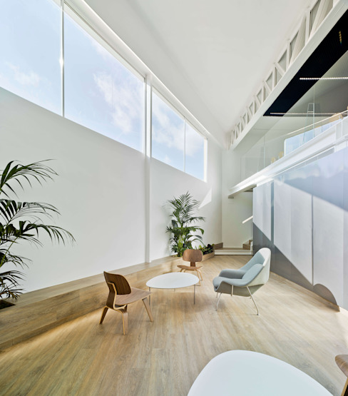 ARQUITECTURA by ROBERTO GARCIA - A by RG Industrial style dining room White