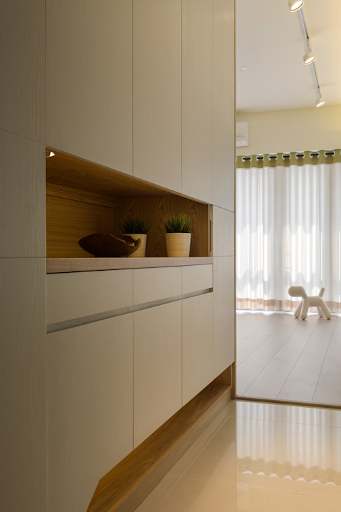 Scandinavian style corridor, hallway& stairs by 詩賦室內設計 Scandinavian