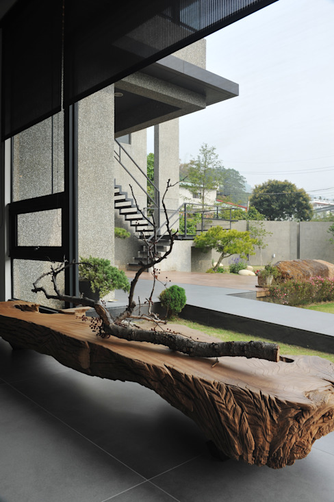 Ruang Keluarga oleh 黃耀德建築師事務所  Adermark Design Studio, Minimalis