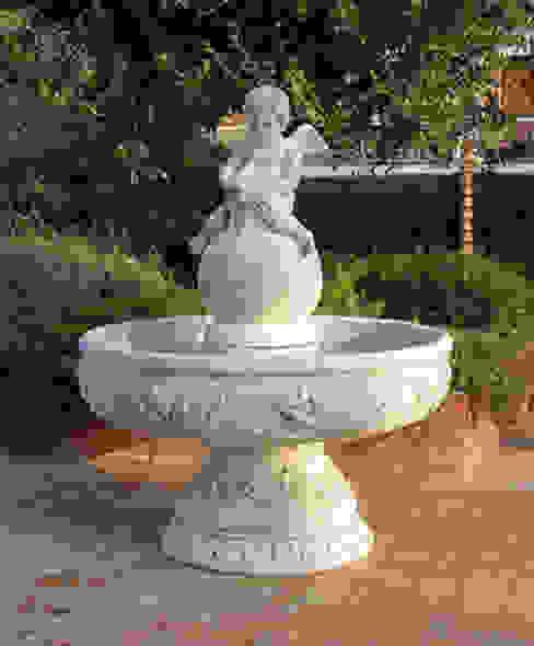 Vasi, fioriere, fontane, statue e tanto altro ancora Tonazzo Srl GiardinoAccessori & Decorazioni Cemento Bianco