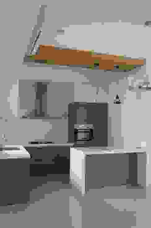 開放式廚房 houseda Eclectic style kitchen MDF Grey