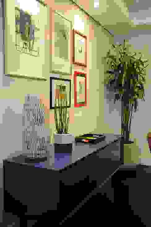 MARIA FERNANDA PEREIRA Modern dining room Solid Wood Blue