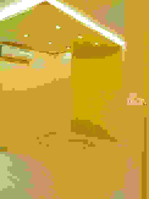Media room by 더디자인 the dsgn, Modern
