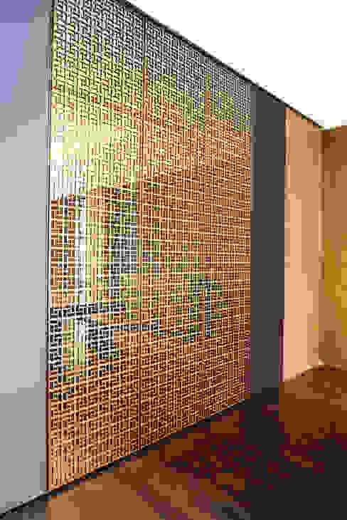 JC House Dinding & Lantai Modern Oleh ARF interior Modern