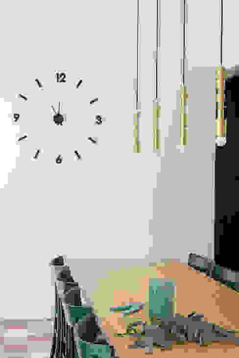 sala da pranzo di manuarino architettura design comunicazione Minimalista