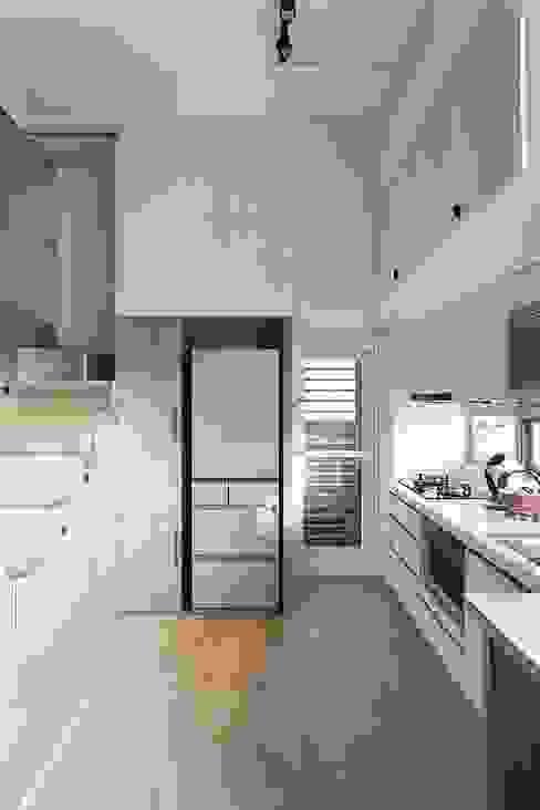 挹注日光 徜徉蔚藍清新小公寓 禾光室內裝修設計 ─ Her Guang Design 樓梯