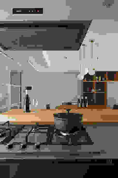 林口葉宅 根據 直方設計有限公司 簡約風 鐵/鋼
