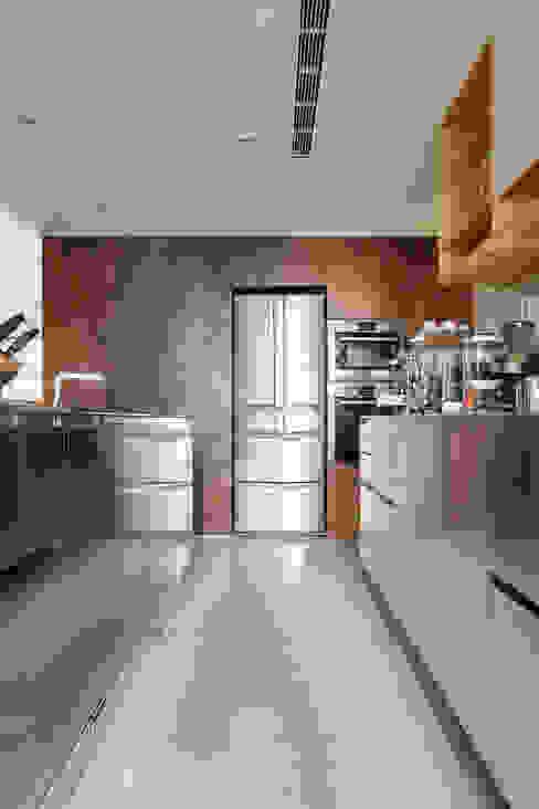 林口葉宅 根據 直方設計有限公司 簡約風 木頭 Wood effect
