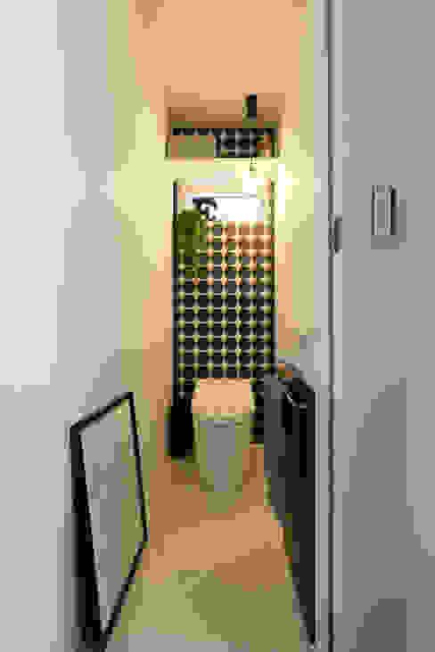 トイレ タイコーアーキテクト モダンスタイルの お風呂
