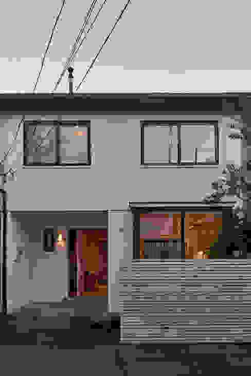 Casas modernas por LEON CAMPINO ARQUITECTURA SPA Moderno