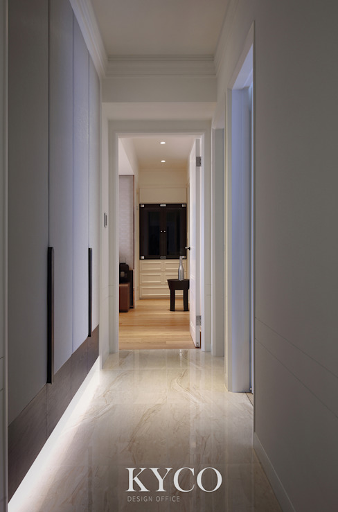 Modern Corridor, Hallway and Staircase by 芮晟設計事務所 Modern