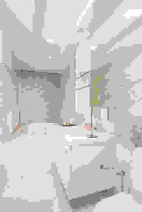 Apartamento Av. Beira Mar RI Arquitetura Banheiros modernos