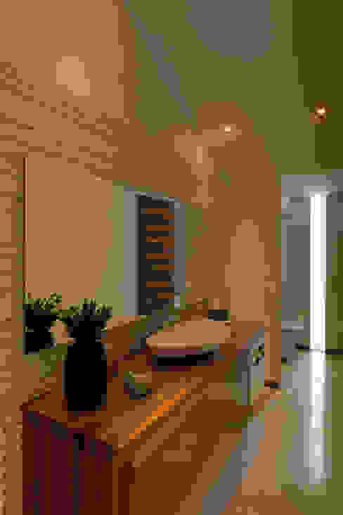 Baños de estilo  de Hernandez Silva Arquitectos,