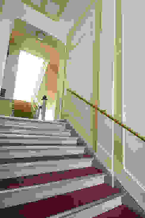 Holzeco GmbH   Haus- & Wohnungssanierung   Komplettsanierung von A - Z 階段