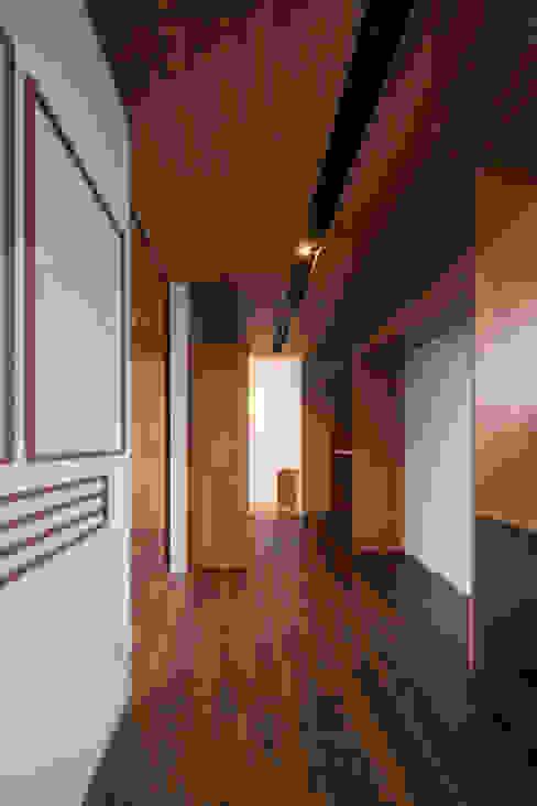 永井の家 小林建築設計事務所 kobayashi architects studio モダンデザインの ドレッシングルーム