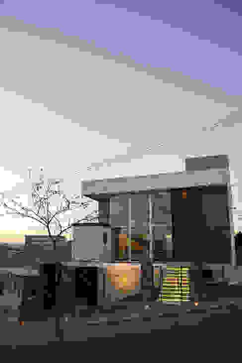 Casas  por GhiorziTavares Arquitetura , Moderno