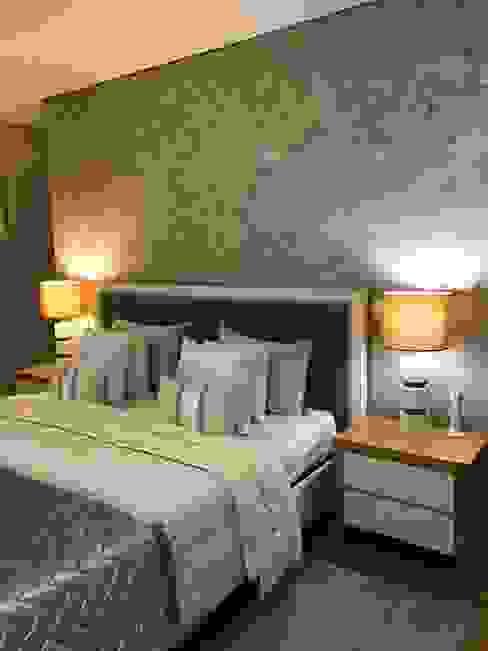 Suite :   por Home'Art,Moderno Madeira Acabamento em madeira