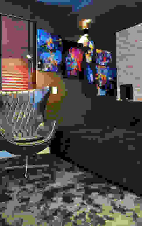 Inside Contemporâneo e Rústico Brooklin Salas multimídia modernas por INSIDE ARQUITETURA E DESIGN Moderno Derivados de madeira Transparente