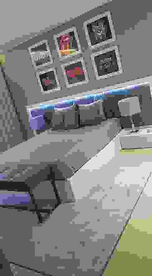 Dormitorios de estilo moderno de Atelier Kátia Koelho Moderno