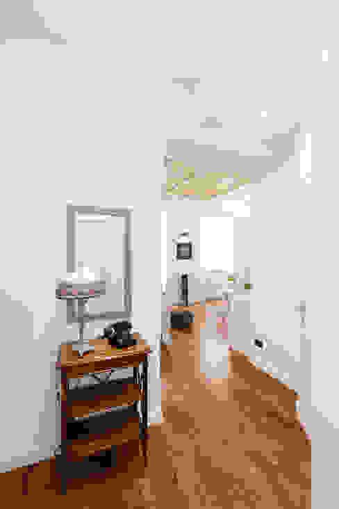 ROMA Attendolo B+P architetti Ingresso, Corridoio & Scale in stile moderno