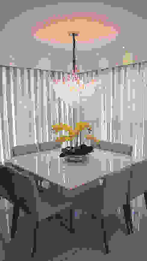 Sala de jantar PANORAMA Arquitetura & Interiores Salas de jantar ecléticas