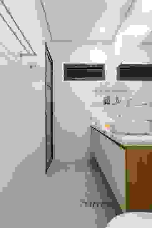 Banheiro Otoni Arquitetura Banheiros minimalistas Branco