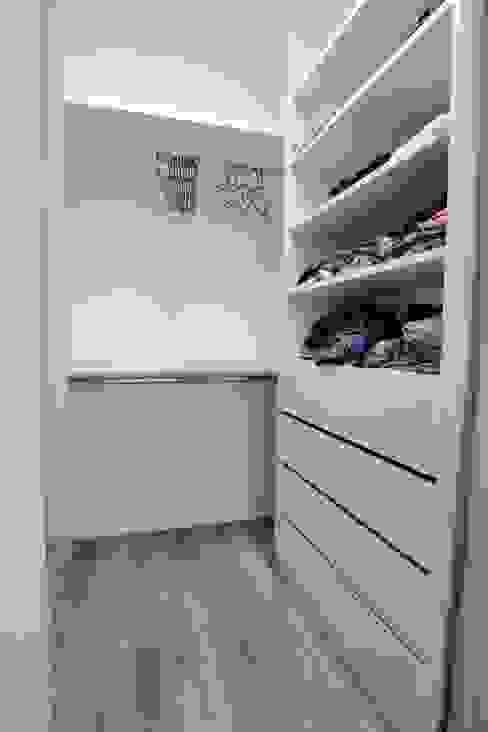 青築制作 Scandinavian style dressing rooms