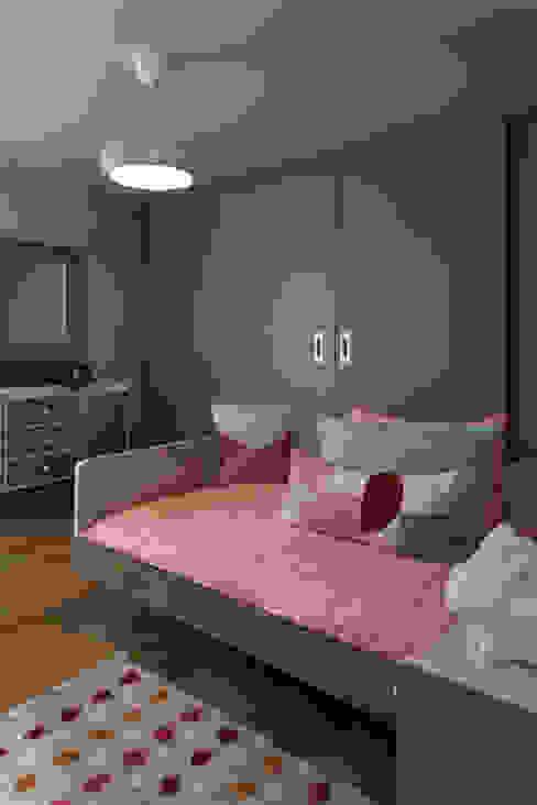 Teban Decor by Erika Winters® Decor Dormitorios infantiles modernos de Erika Winters Design Moderno