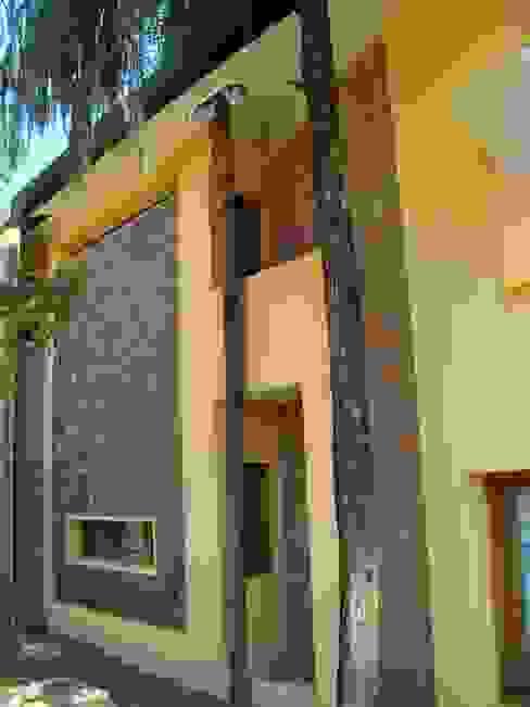 Casa LF - Exterior 9: Casas de estilo  por Módulo 3 arquitectura,Moderno Piedra