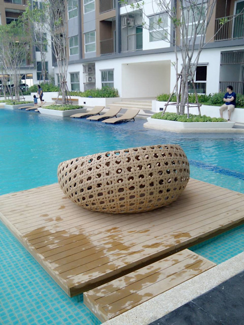 THE TRUST CONDO QWOOD by AN EMPIRE ระเบียง, นอกชาน