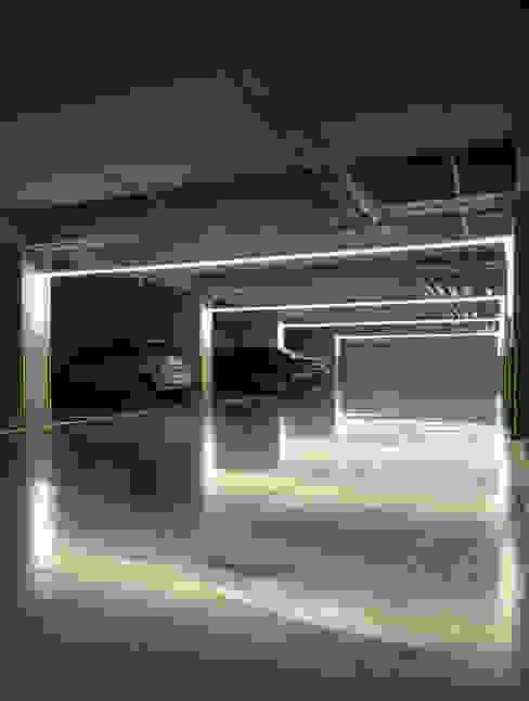 폴앤블랭크 Garajes modernos
