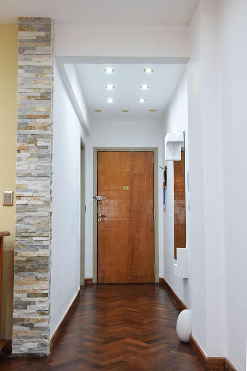 Corridor, hallway & stairs by Arquimundo 3g - Diseño de Interiores - Ciudad de Buenos Aires