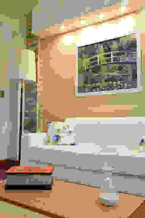 Soggiorno in stile  di Arquimundo 3g - Diseño de Interiores - Ciudad de Buenos Aires